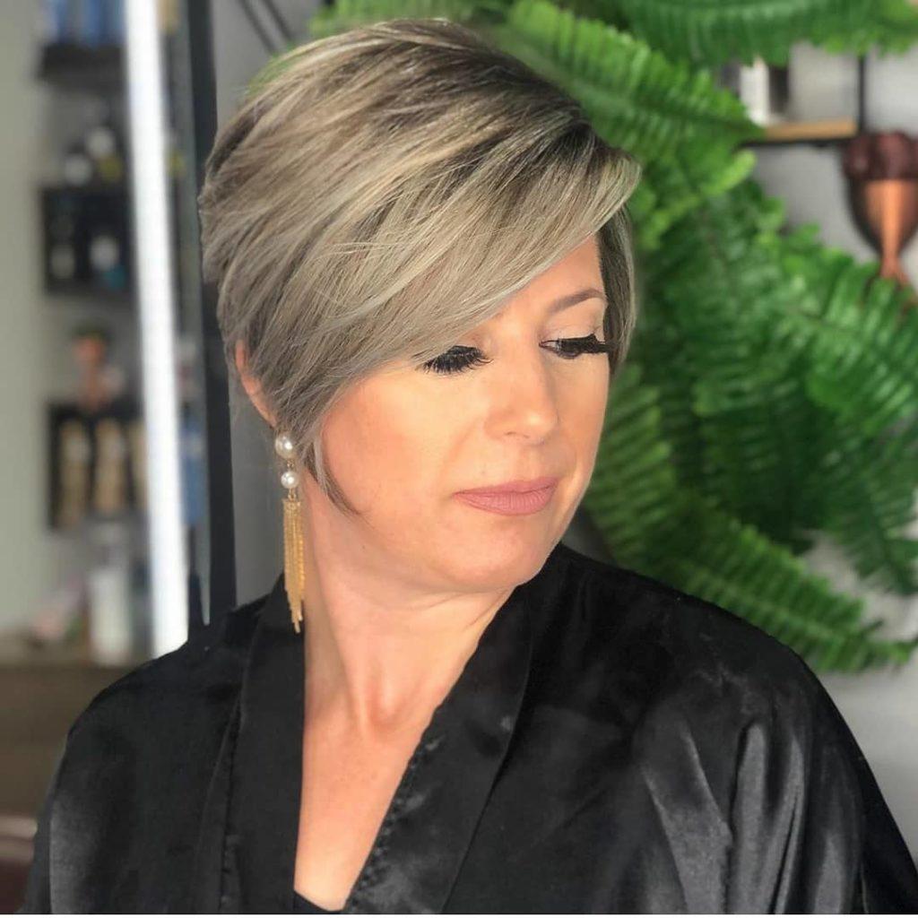 Capelli corti donna over 50