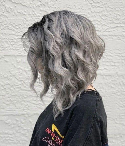 capelli grigi mossi