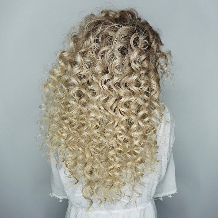 Curly Hair Balayage