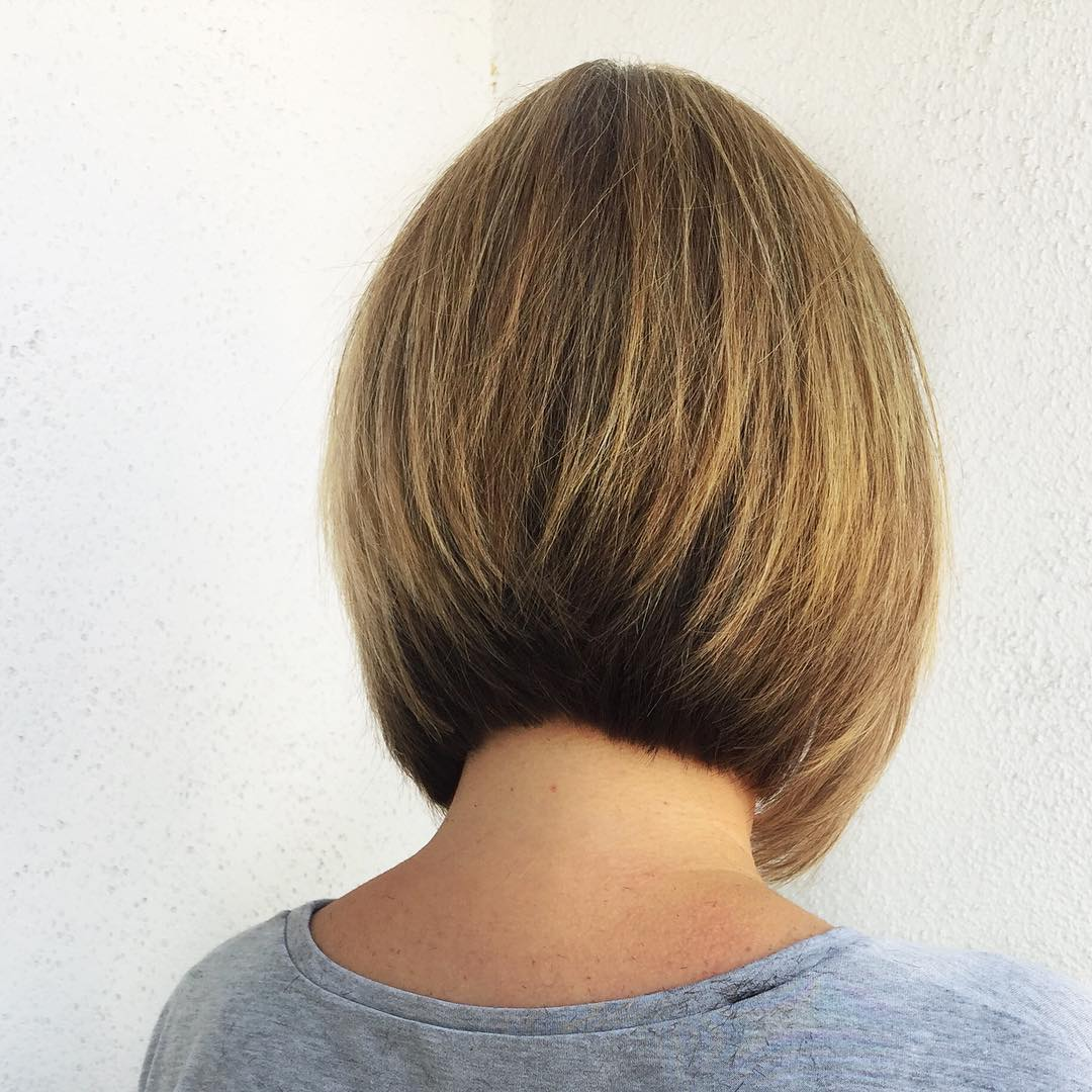 Bob Haircut Biondo
