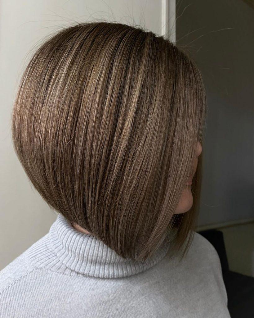 bob-corto-per-chi-cerca-un-taglio-di-capelli-classico