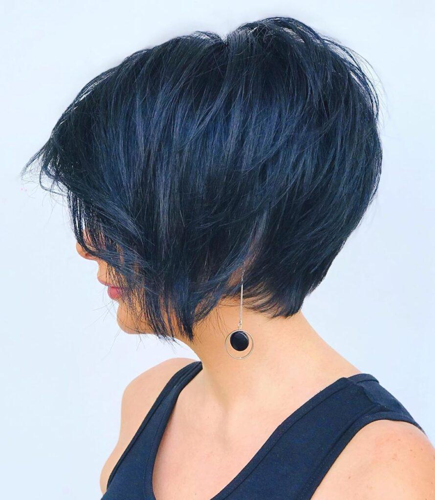 capelli corti blu