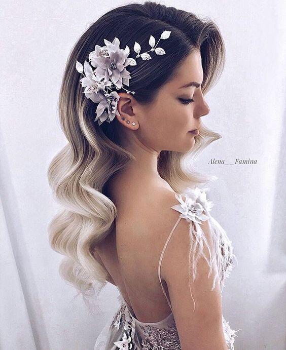 Acconciatura sposa con capelli sciolti